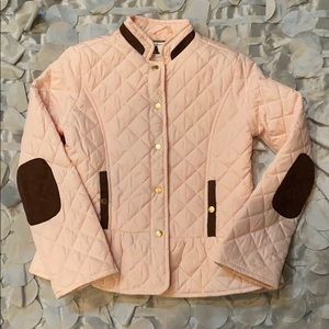 New good quality light puffer jacket for girls.